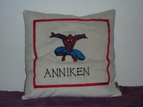 Syprojekt 171 Ja vem som är Annikens idol kan ni ju gissa själva. Glad blev hon iallafall :)