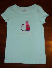 Syprojekt 124 Köpt T-shirt med katt från Laurel Burke som broderats på.