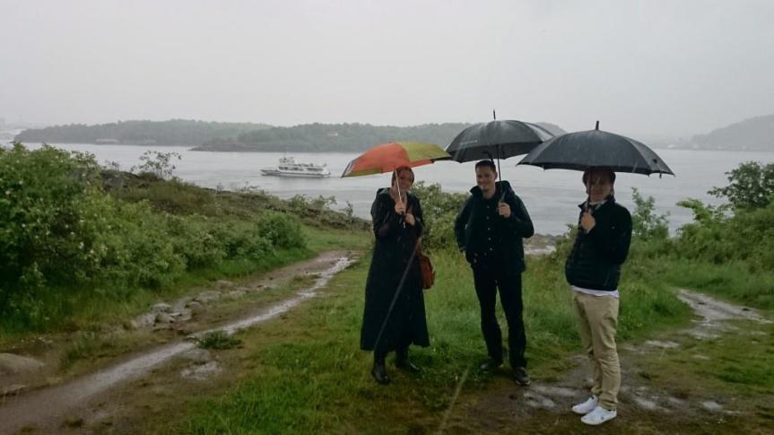 Finns inget dåligt väder, bara dåliga kläder (och dåligt humör)!!  Foto: Dag Hammer