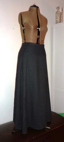 Syprojekt 38 Grå kjol i ylle
